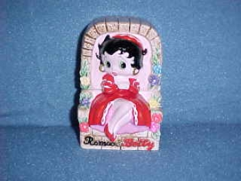Betty Boop as Juliet Salt & Pepper Shakers. Made by Star Jars. - Product Image
