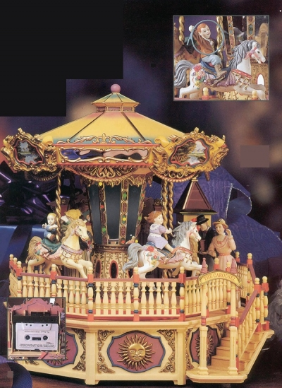 Carousel Royale - Deluxe Lighted Action Musical - Product Image